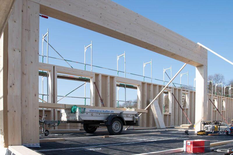 Stenger Holzbau 3 geschossiges ausstellungsgebäude in holzbau zimmerei keller